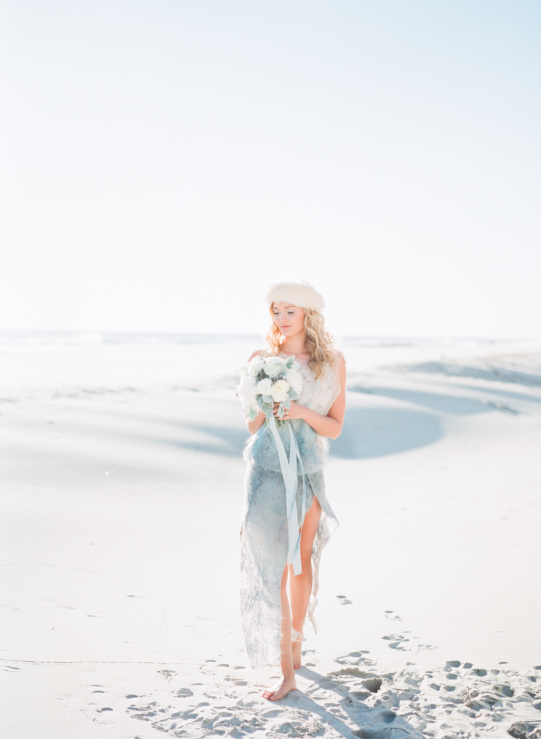 Wintery Blues Fine Art Wedding Inspiration Kylee Yee-44