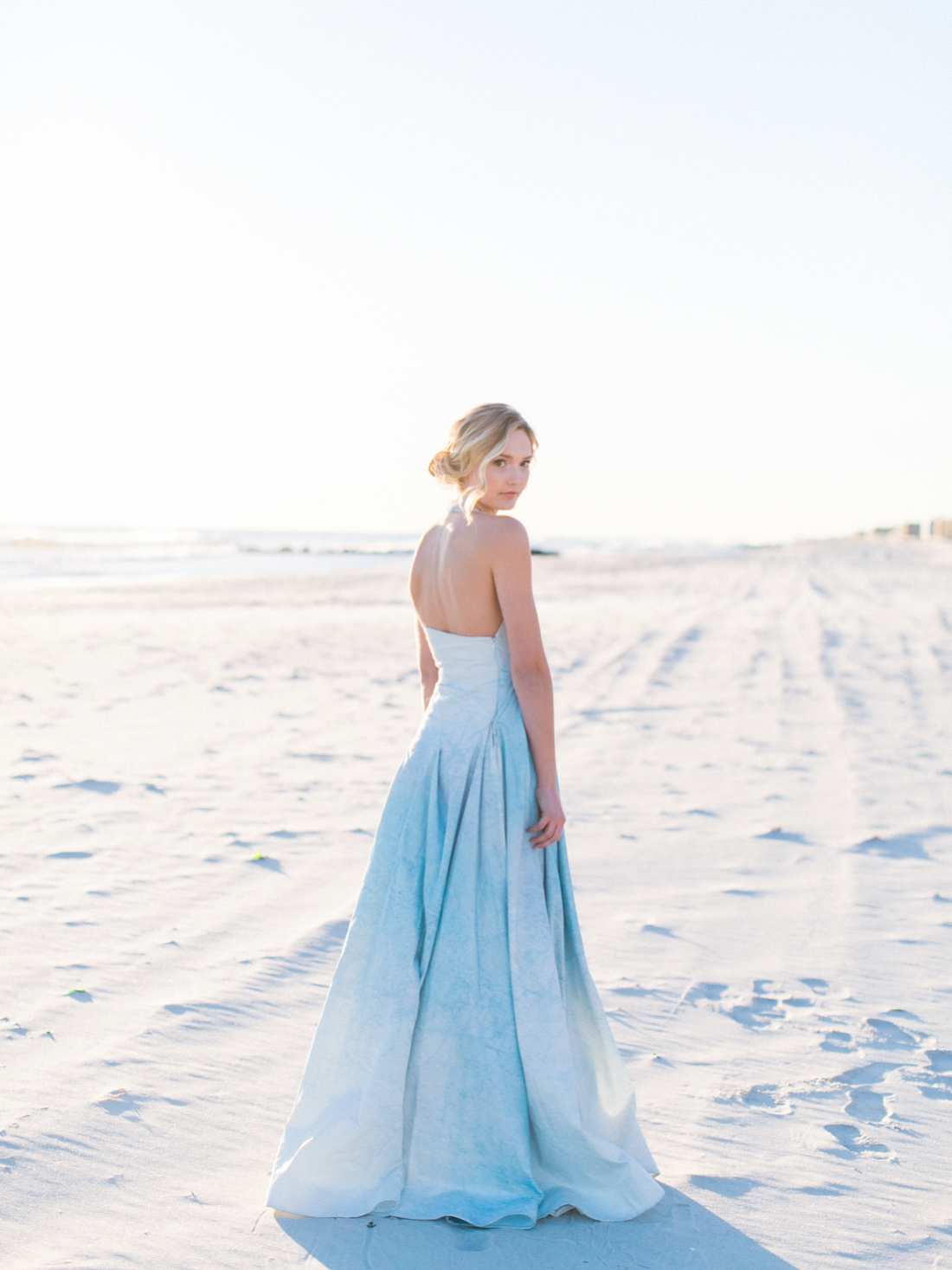 Wintery Blues Fine Art Wedding Inspiration Kylee Yee-65