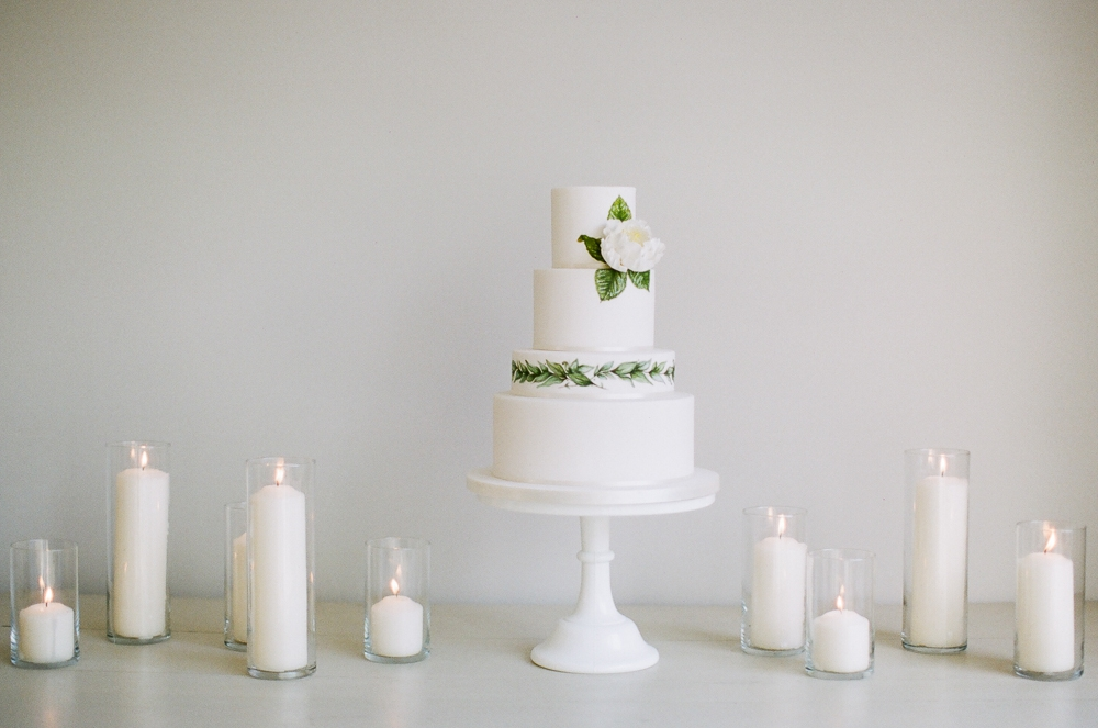Thyme Barn White Boho Luxe Wedding Inspiration-1