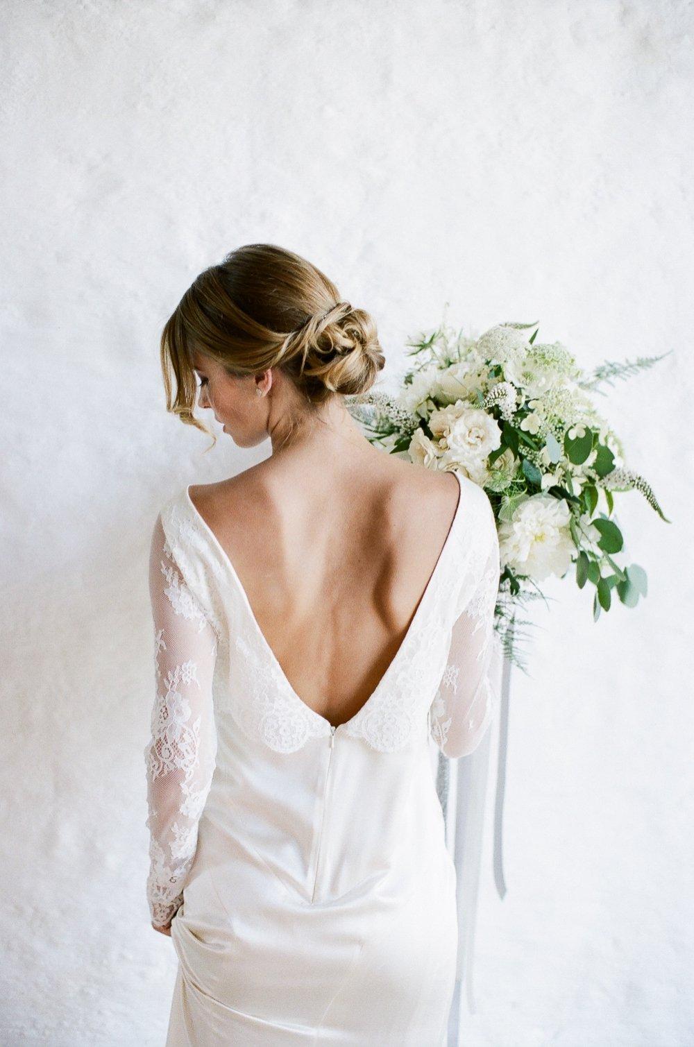 Thyme Barn White Boho Luxe Wedding Inspiration-9