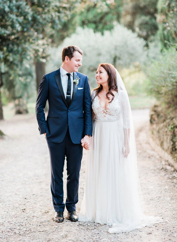 villa-le-fontanelle-tuscany-wedding-julieross-621